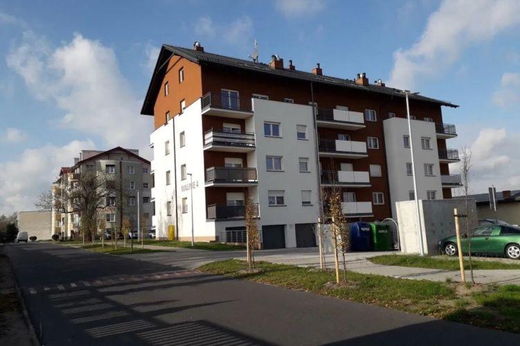 3 pokoje, mieszkanie na sprzedaż